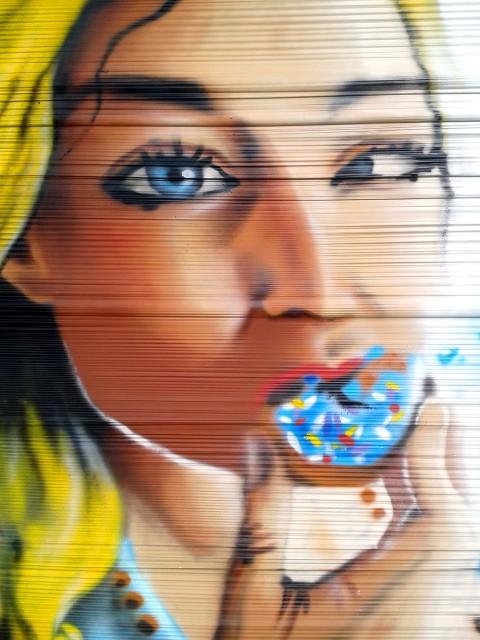 Providence #2 Cellophane graffiti à Quimper