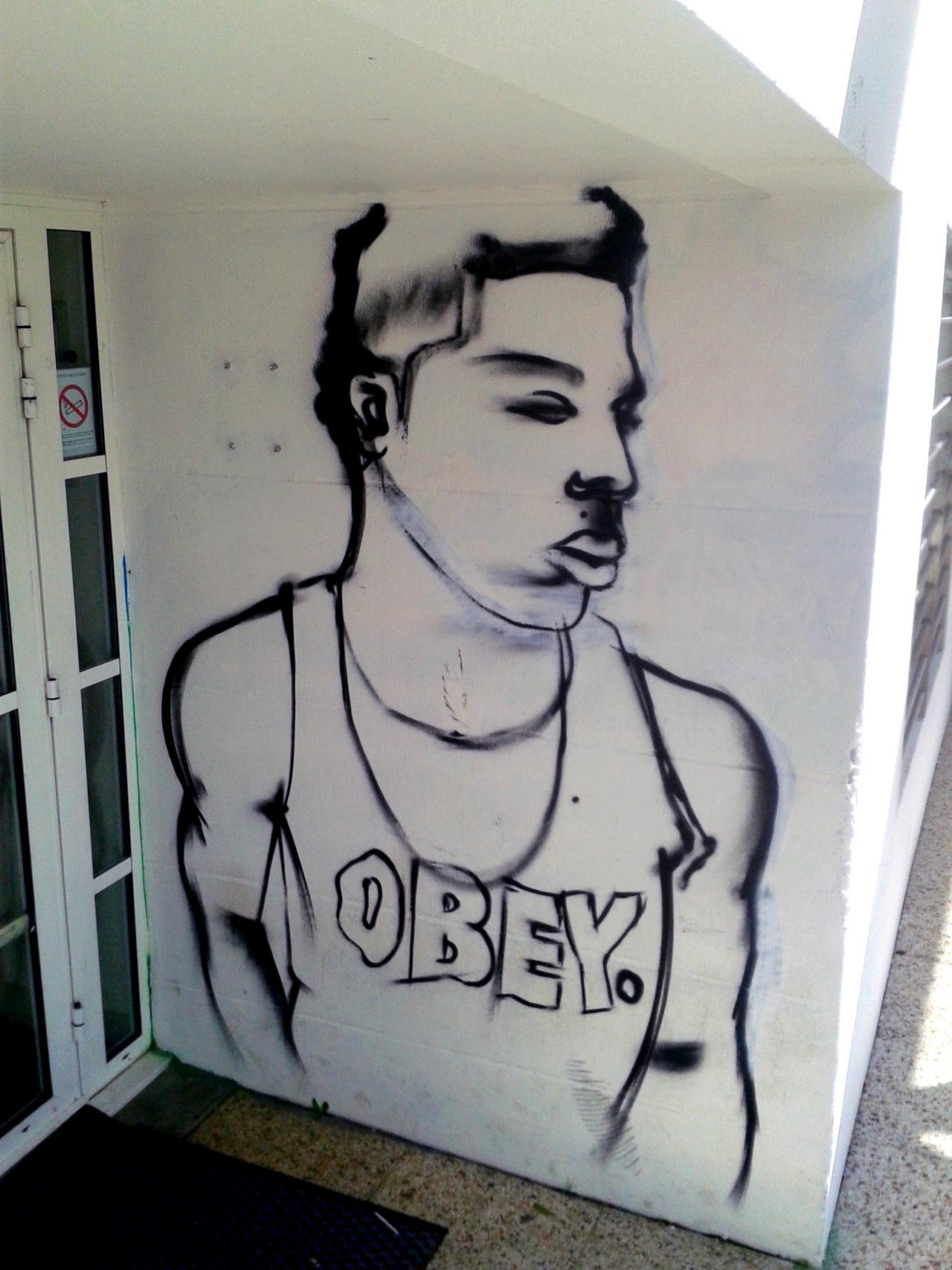 Graffiti Espace jeunes Concarneau
