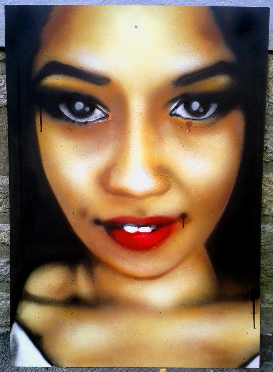 Portrait aérosol sur toile (7) : «Olympia»