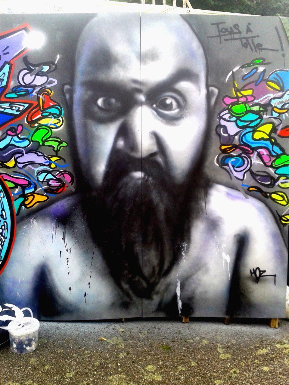 Portrait graffiti par HOZ à Pont-Aven
