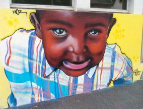 Portraits graffiti Ecole St Corentin par HOZ – Mars 2015